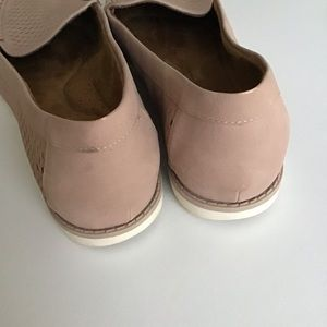 Natural Soul Shoes - Blush Isla Loafers